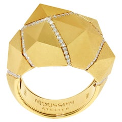 Diamonds Yellow 18 Karat Matte Gold Geometry Ring