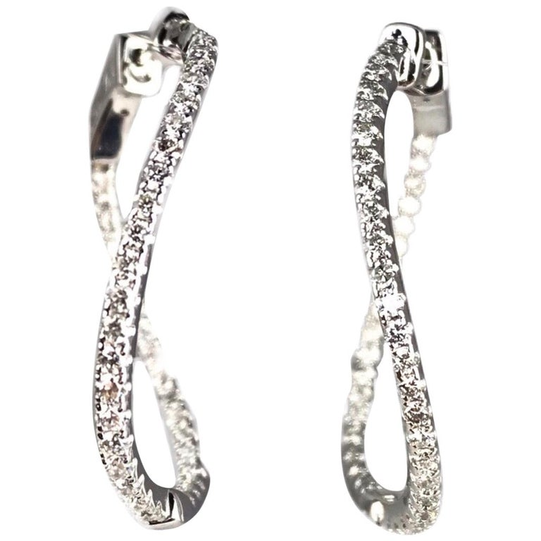 Gold Earrings for Women or Earrings for Teen Girls IBEEDOW Split Huggie Earrings Sterling Silver Earrings Yellow White 14k Gold Plated Hoop Earrings Matte
