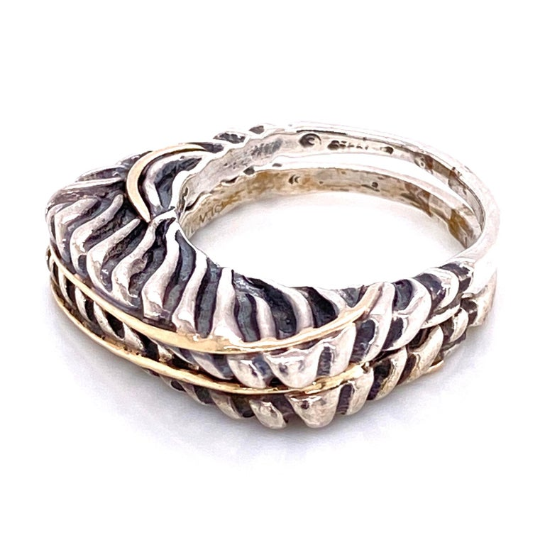 Dian Malouf  Designer Gold Sterling Silver Double Band Ring Estate Fine Jewelry In Excellent Condition For Sale In Montreal, QC