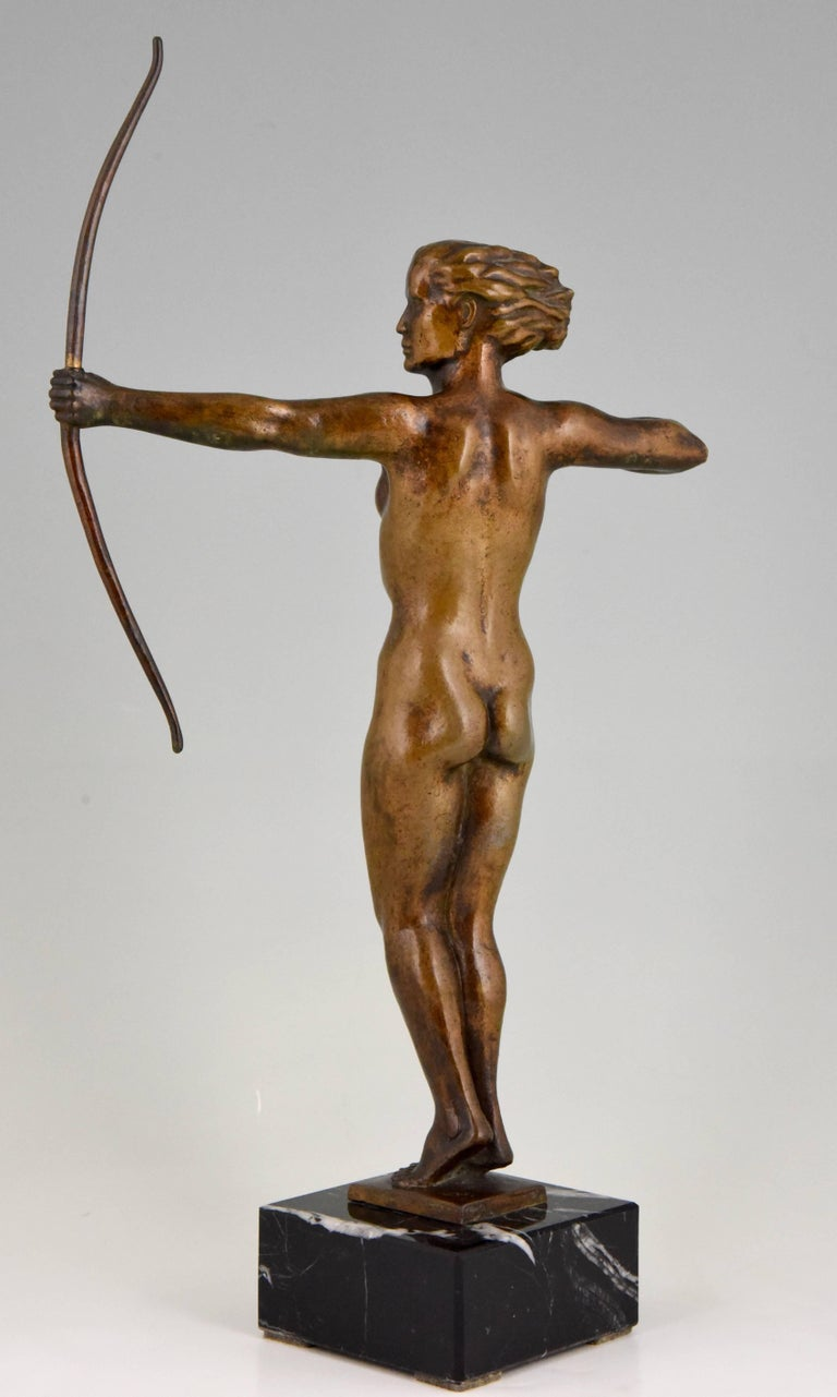 Diana, Art Deco Bronze Sculpture Nude with Bow, V. H. France, 1930 For Sale 1