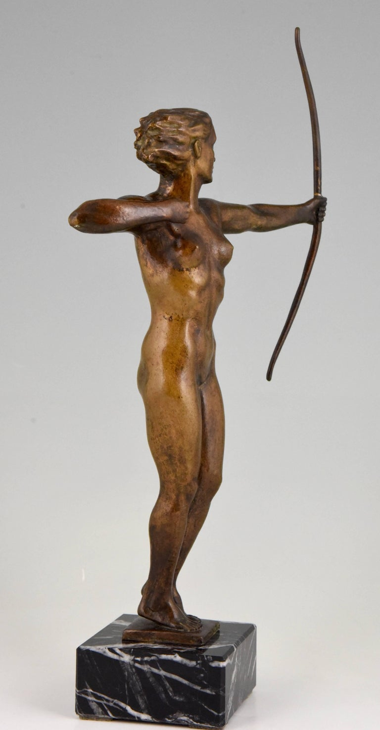 Diana, Art Deco Bronze Sculpture Nude with Bow, V. H. France, 1930 For Sale 4