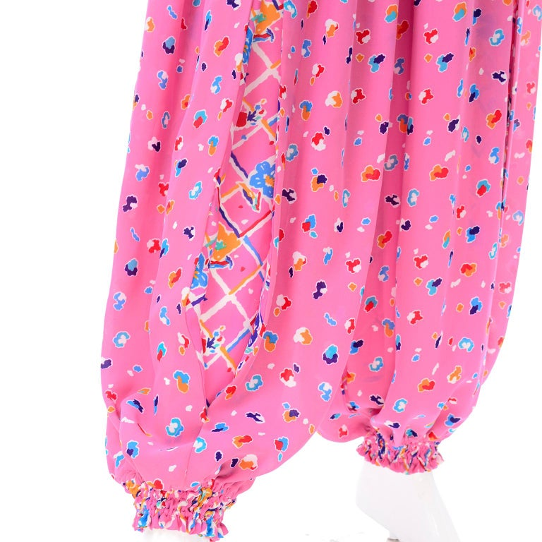 Diane Freis Vintage Pink Balloon leg Jumpsuit in Abstract Print w Puff Sleeves For Sale 4
