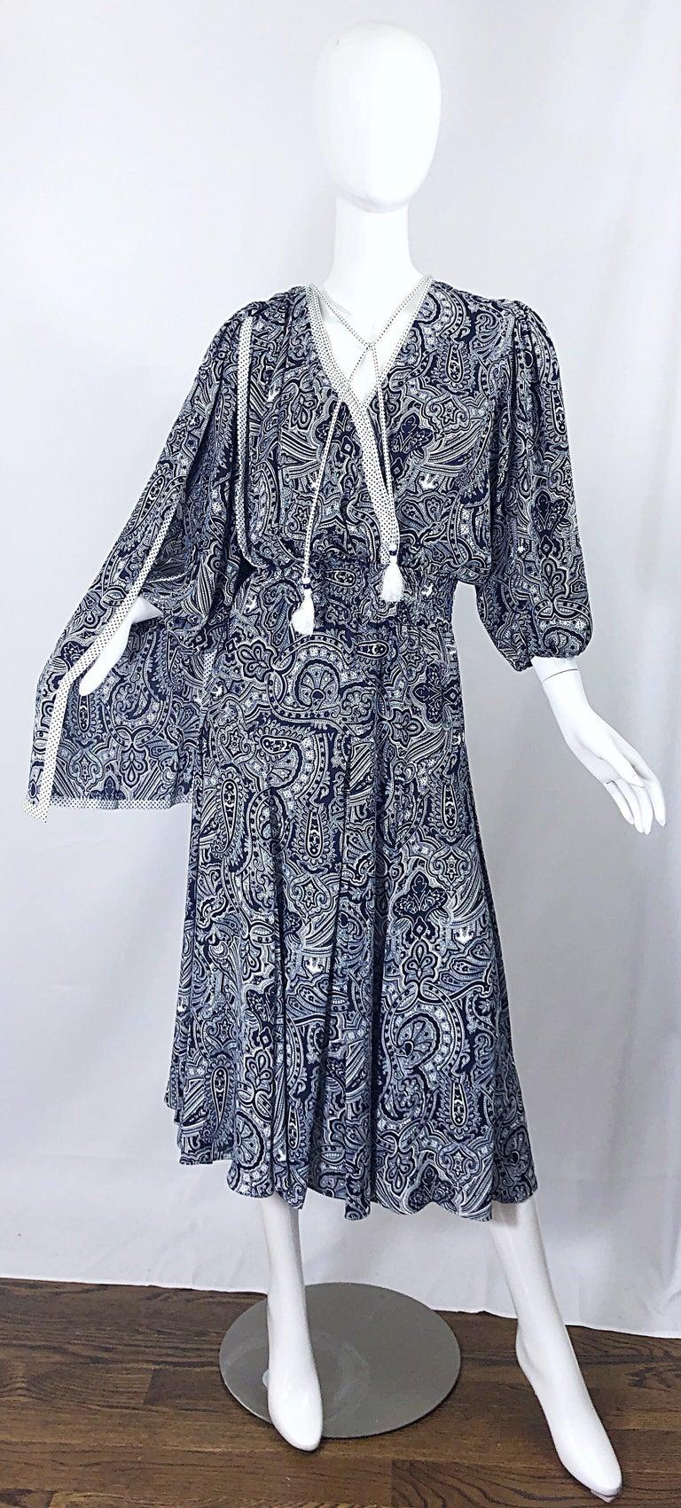 Diane Fres Vintage Navy Blue White Paisley Bandanna