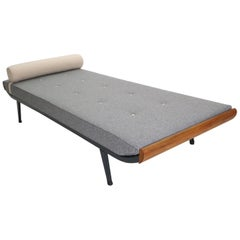 """Dick Cordemeijer """"Cleopatra"""" Daybed New Upholstery Mattress for Auping, 1954"""