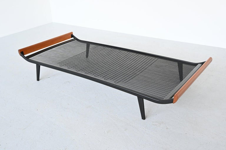 Dick Cordemeijer Model Cleopatra Daybed Auping The Netherlands, 1954 For Sale 7
