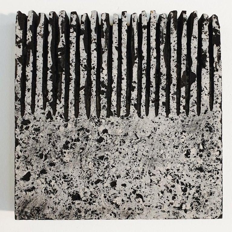 Dieter Kränzlein Abstract Sculpture - o.T. (Bk15Hf) - grey black contemporary modern wall sculpture painting relief