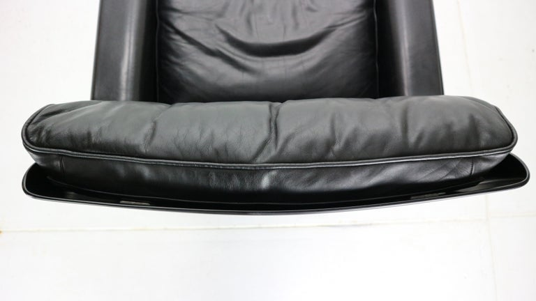 Dieter Rams Black Leather Lounge Chair Model-620 for Vitsœ, 1970s For Sale 10