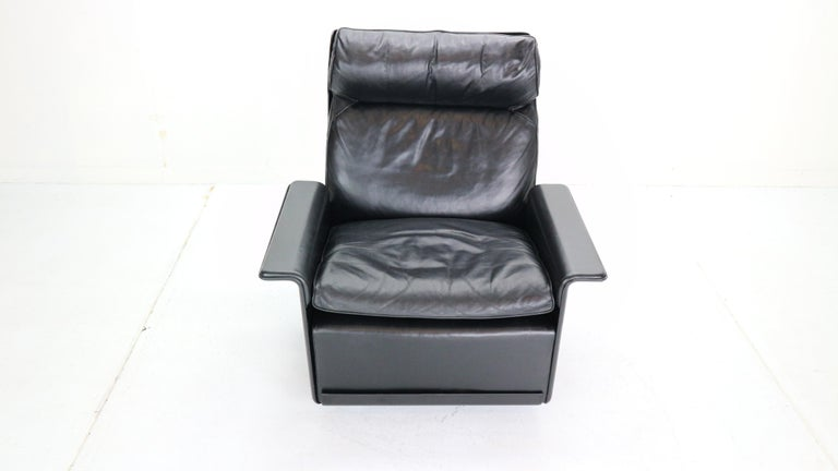 German Dieter Rams Black Leather Lounge Chair Model-620 for Vitsœ, 1970s For Sale