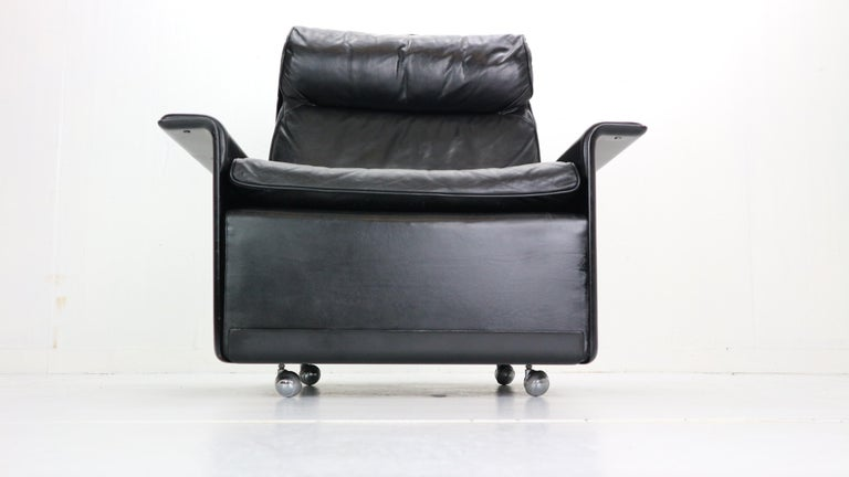 Dieter Rams Black Leather Lounge Chair Model-620 for Vitsœ, 1970s In Good Condition For Sale In The Hague, NL