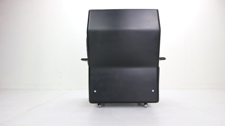 Dieter Rams Black Leather Lounge Chair Model-620 for Vitsœ, 1970s For Sale 2