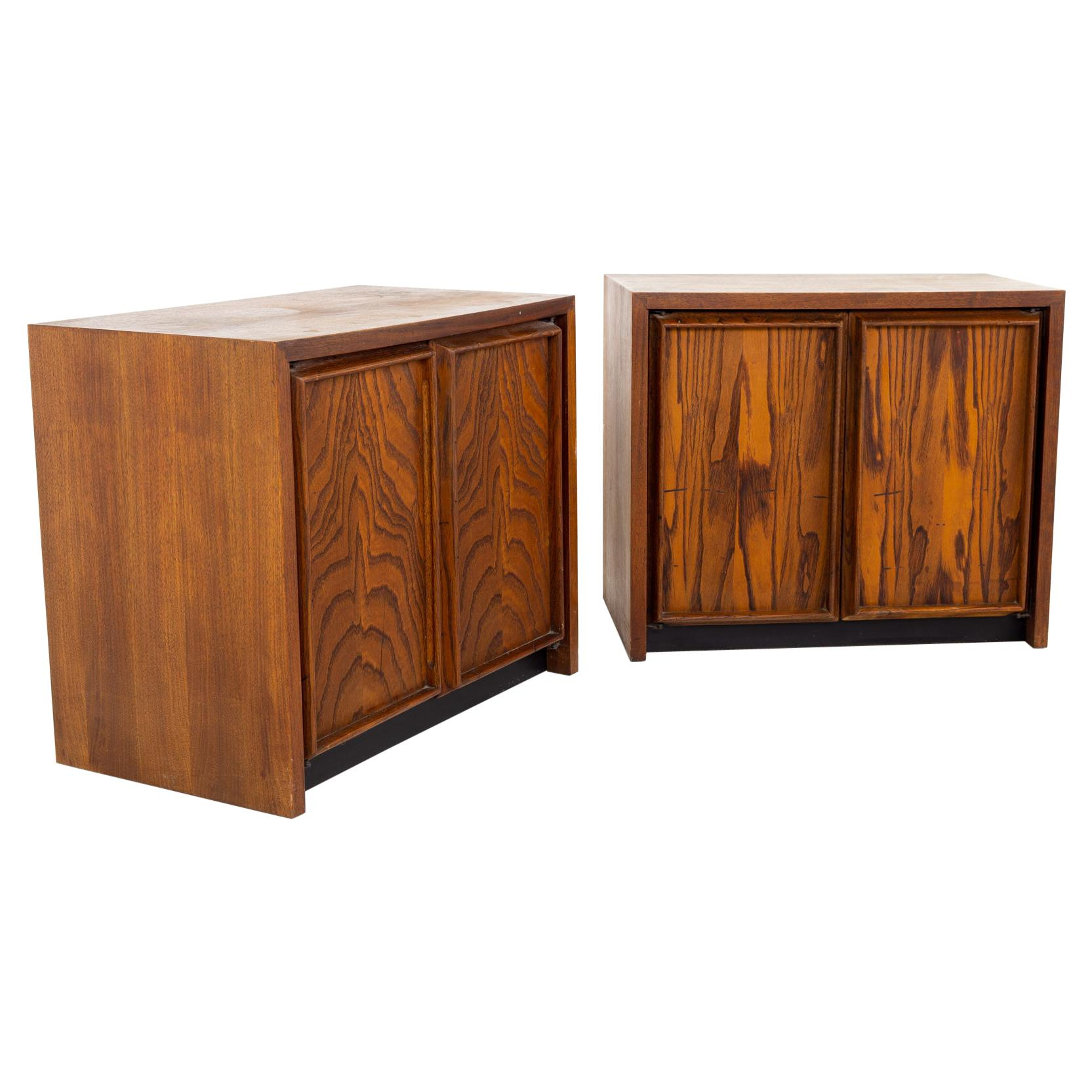Dillingham Mid Century Pecky Cyprus Nightstands, a Pair