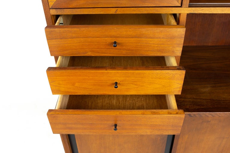 Dillingham Mid Century Walnut and Cane Sideboard Credenza Buffet and Hutch 10