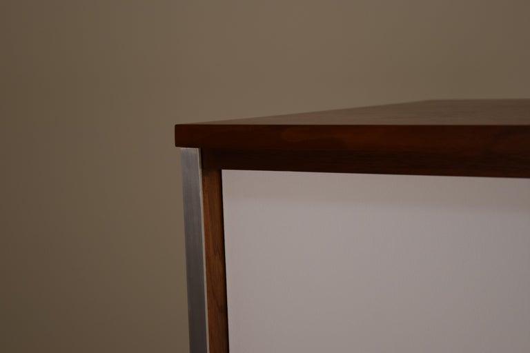 Diminutive Media Cabinet by Paul McCobb for Calvin For Sale 4