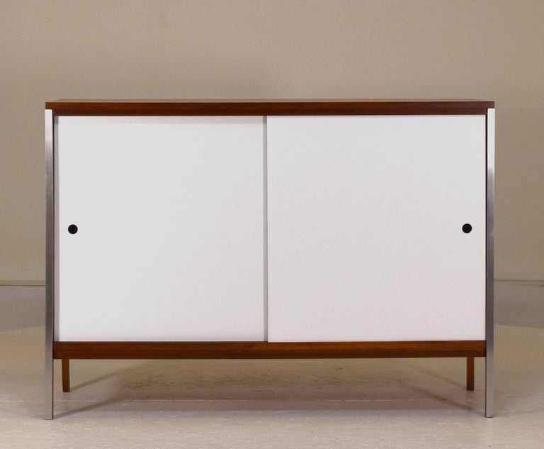 Paul McCobb, Linear series, Calvin, circa 1950's. Ideal as a cabinet for media storage or buffet due to the height. Measures: 48