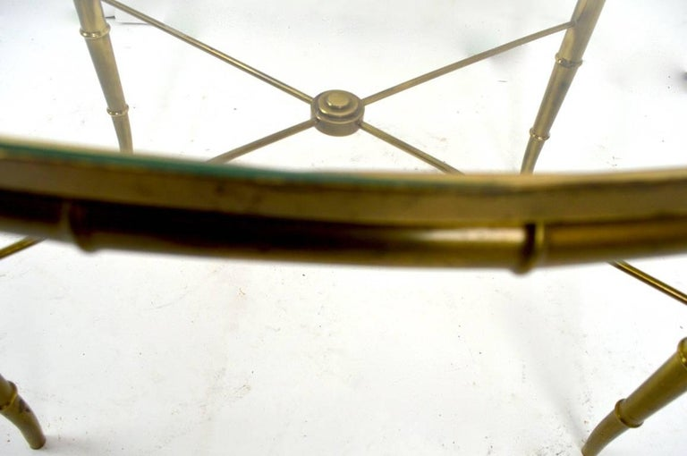Diminutive Oval Brass and Glass Coffee Table by Mastercraft In Excellent Condition For Sale In New York, NY