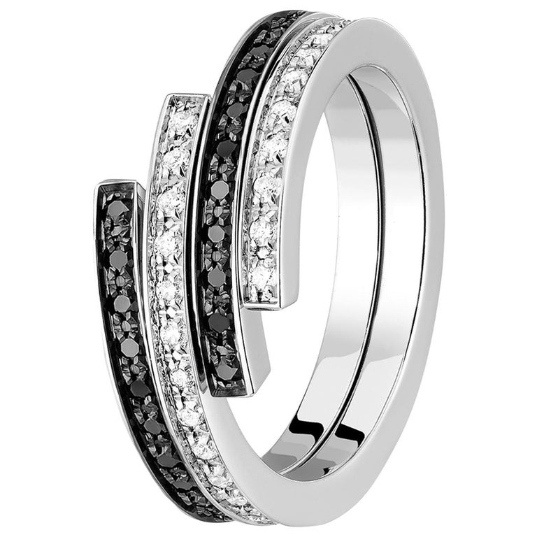 Dinh Van Spirale Rings, 18 Karat White Gold and Diamonds, Set of 3 'Price of 2' For Sale