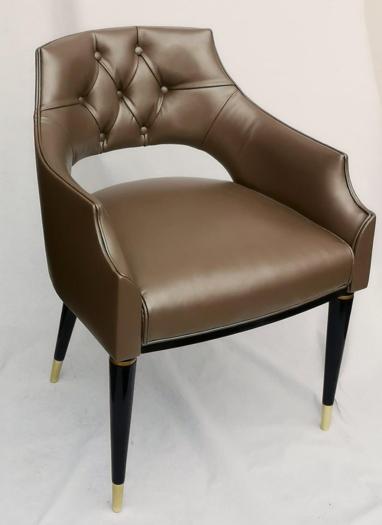 Great and comfortable dining chair in fiore leather. This successful dining chair is now offered in primo fiore leather. Source of leather is a top tannery in Vicenza (one of the two areas for quality leather in Italy) and stitched upholstered in