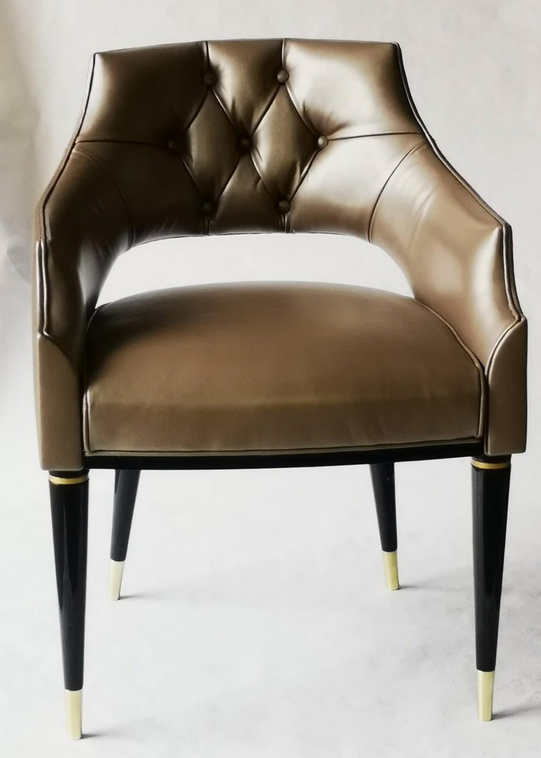 Dining Armchair, Tufted Fiore Italian Leather, Midcentury Style, Luxury Details In New Condition For Sale In Tavarnelle val di Pesa, Florence