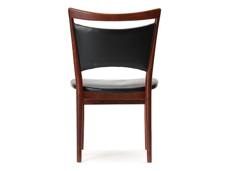 Dining Chair by Finn Juhl, Model 86 In Excellent Condition For Sale In New York, NY