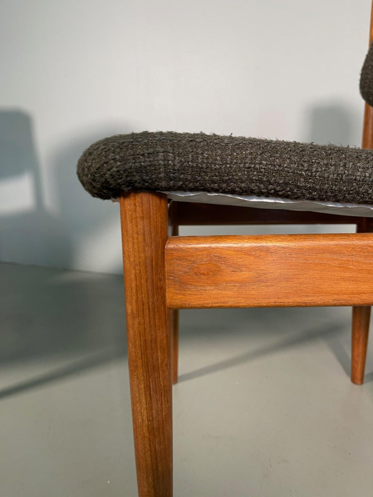Dining Chairs by Finn Juhl for France & Søn, 1960s, Set of 4 For Sale 5