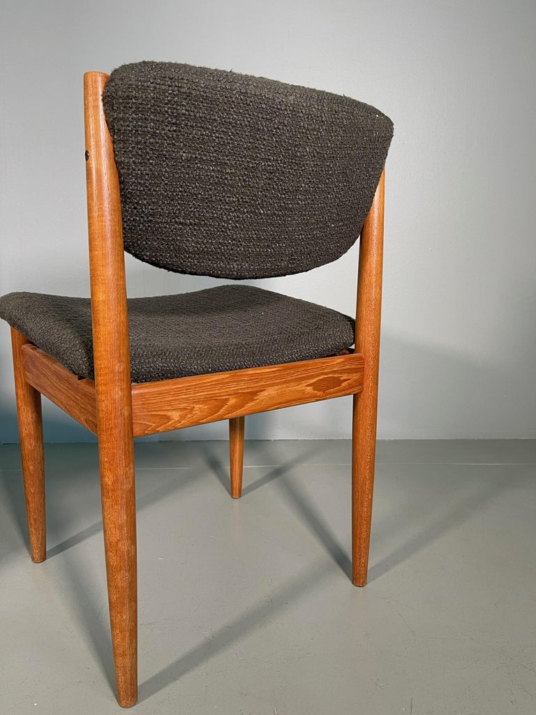 Dining Chairs by Finn Juhl for France & Søn, 1960s, Set of 4 For Sale 6