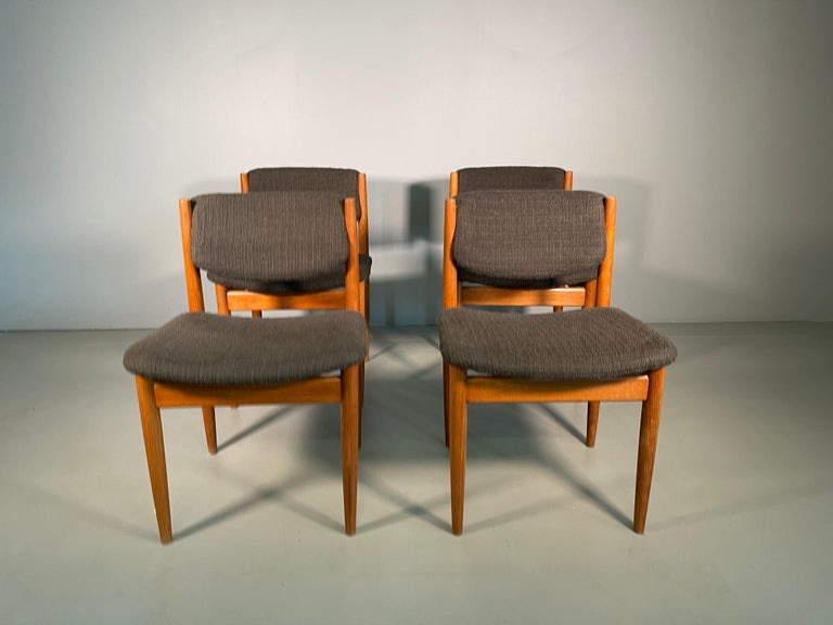 Dining Chairs by Finn Juhl for France & Søn, 1960s, Set of 4 For Sale 9