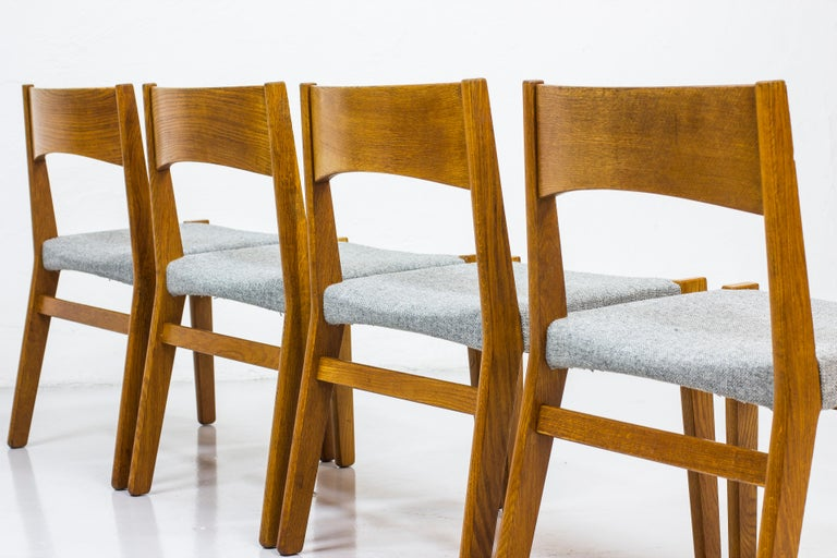 Dining chairs by John Vedel Rieper for Erhard Rasmussen, Denmark, circa 1957 For Sale 3