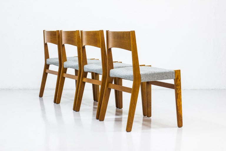 Dining chairs by John Vedel Rieper for Erhard Rasmussen, Denmark, circa 1957 In Good Condition For Sale In Stockholm, SE