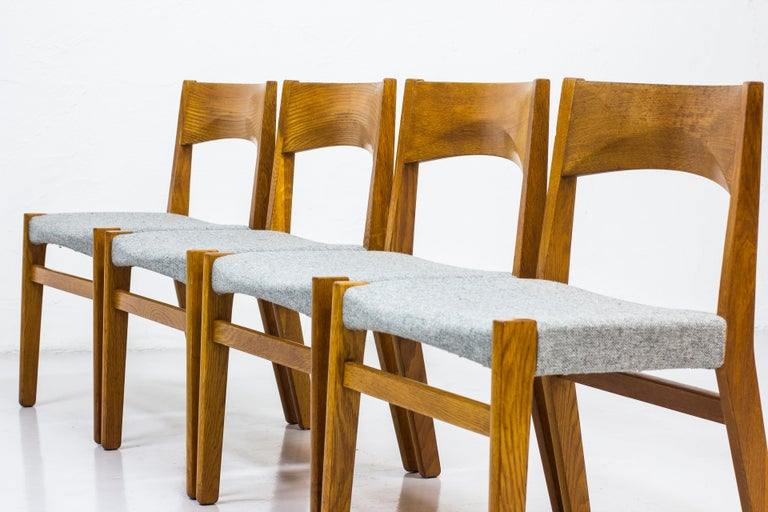 Dining chairs by John Vedel Rieper for Erhard Rasmussen, Denmark, circa 1957 For Sale 2