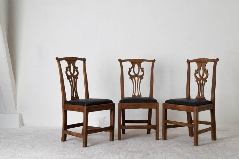 Dining Chairs English Set of 6 Assembled Chippendale England For Sale 1