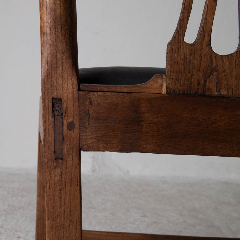 Dining Chairs English Set of 6 Assembled Chippendale England For Sale 4