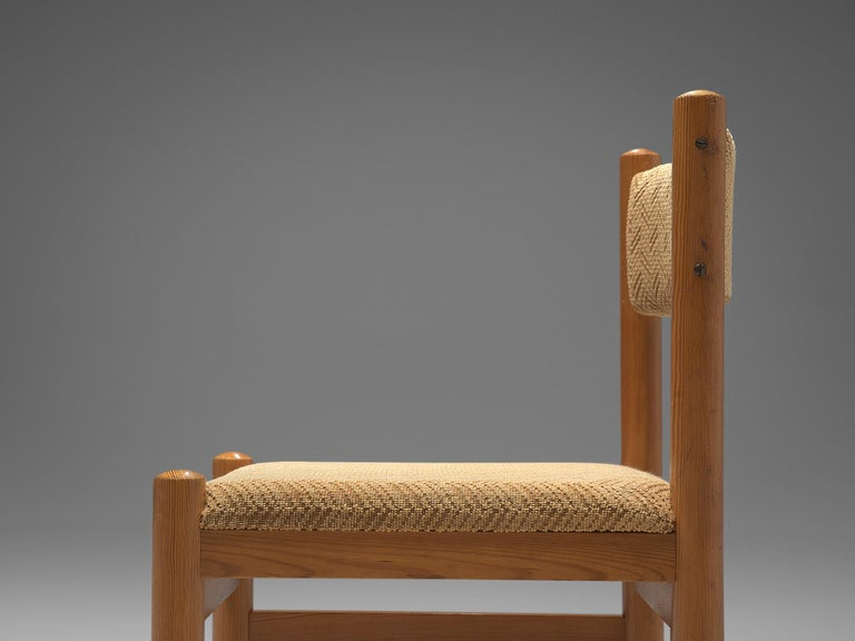 Dining Chairs in Pine and Beige Upholstery For Sale 3