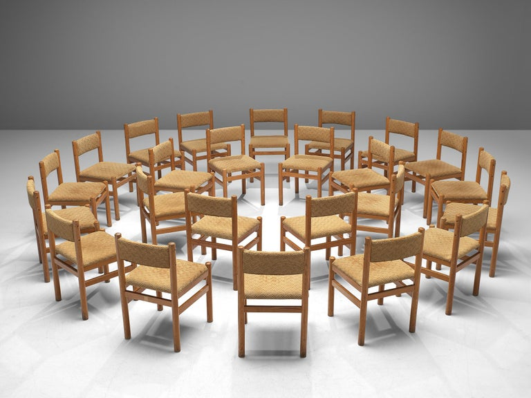 Dining Chairs in Pine and Beige Upholstery In Good Condition For Sale In Waalwijk, NL