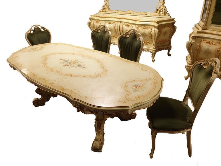 Dining / Living Room Set of 10 Pieces in the Style of Venetian Rococo For Sale 4