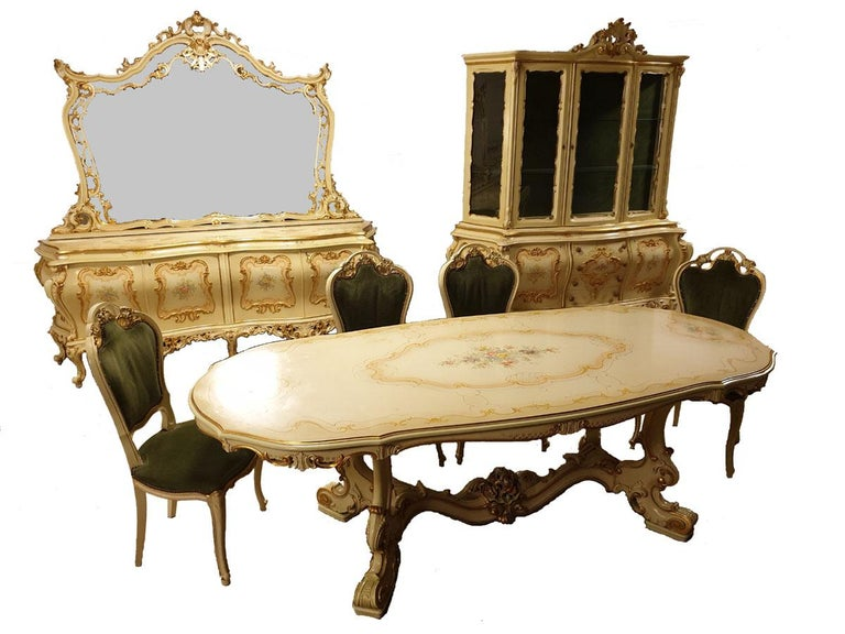 Dining / Living Room Set of 10 Pieces in the Style of Venetian Rococo For Sale 8