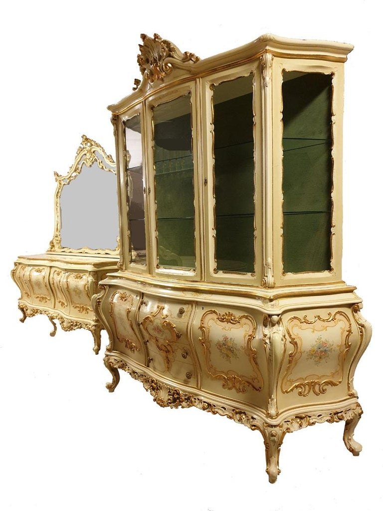 Beautiful dining room / living room in the style of Venetian.  A prestigious and eye-catching 10-piece furniture set Venetian, designed for the dining room or exclusive living room.  Kept in the most beautiful, olive-cream (with a predominance of