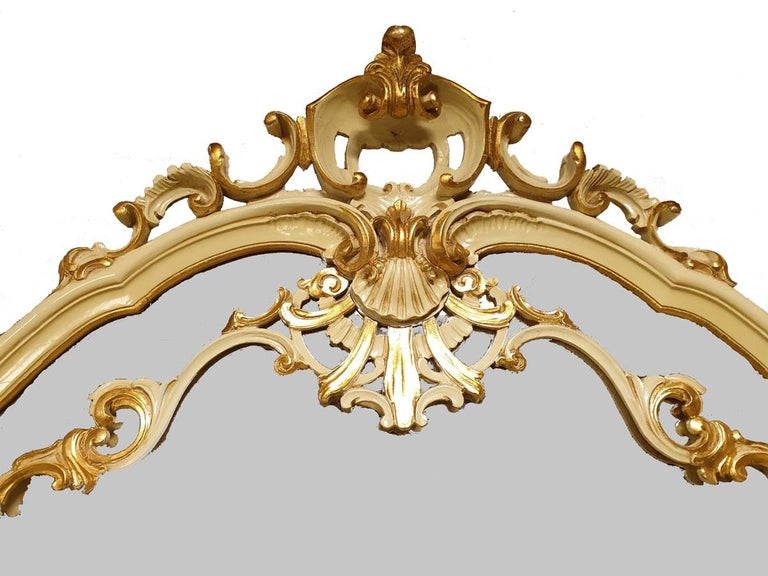 Dining / Living Room Set of 10 Pieces in the Style of Venetian Rococo For Sale 2