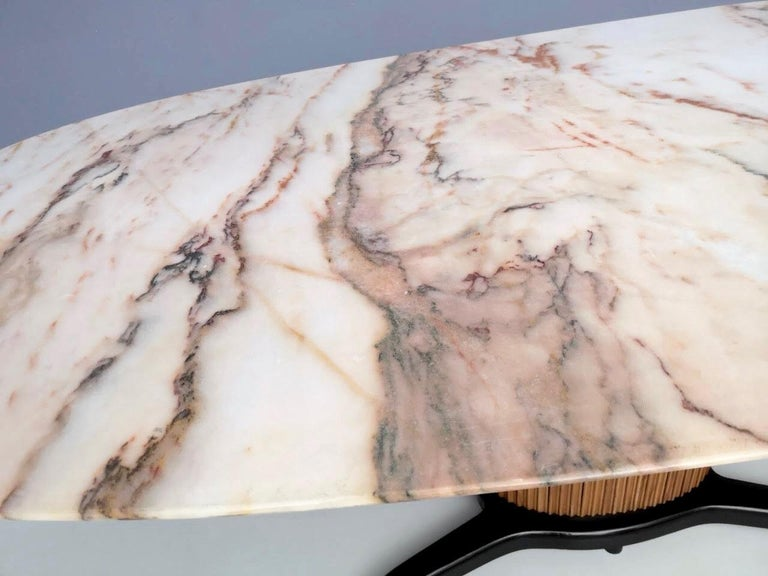 Dining Table Ascribable to Paolo Buffa with a Pink Marble Top, Italy, 1950s For Sale 3