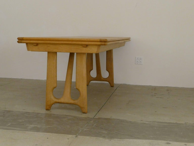"""Mid-20th Century Dining Table by Guillerme et Chambron, """"A l'Italienne"""" For Sale"""