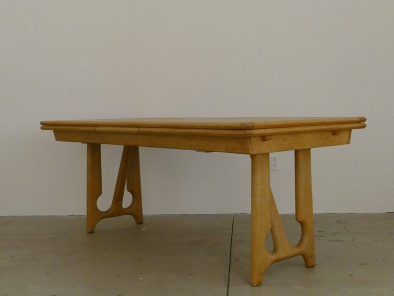 """Oak Dining Table by Guillerme et Chambron, """"A l'Italienne"""" For Sale"""