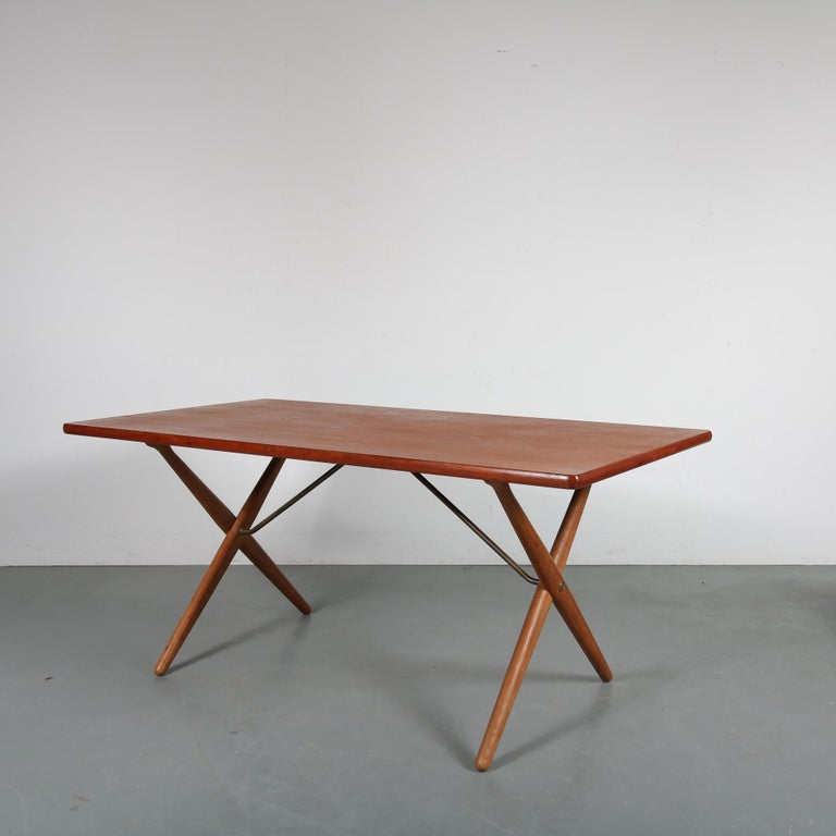 Mid-Century Modern Dining Table by Hans J. Wegner for Andreas Tuck, Denmark, circa 1950 For Sale