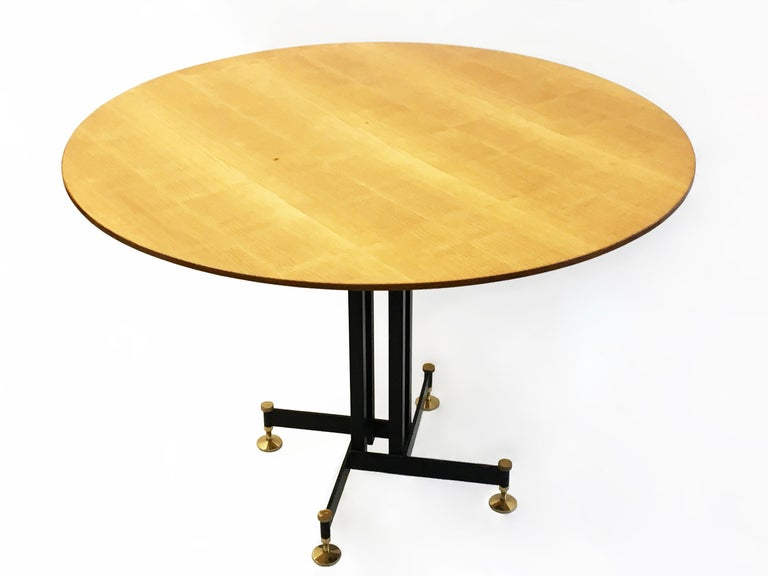 Round Mid-Century Italian Dining Table, Circa 1955 For Sale 1