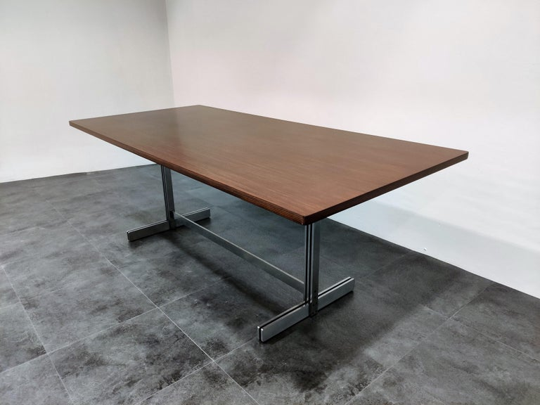Dining Table by Jules Wabbes for Mobilier Universel, 1960s In Excellent Condition For Sale In Neervelp, BE