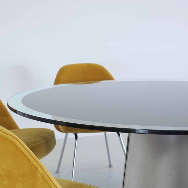 Modern Dining Table by Luigi Saccardo, circa 1973 For Sale