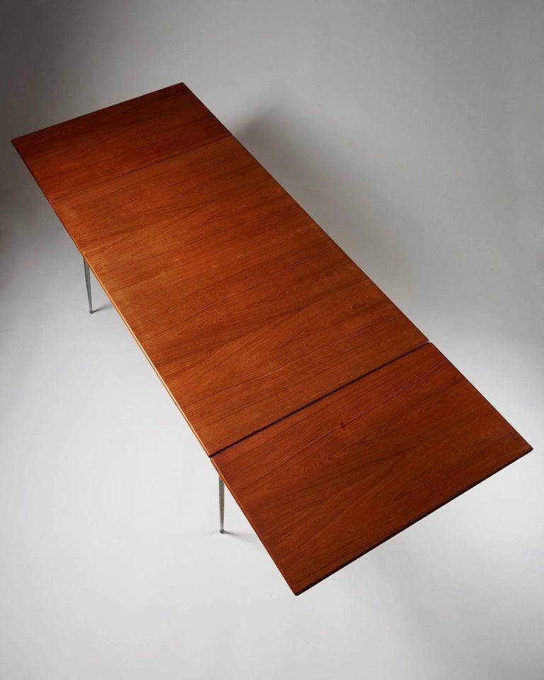 Danish Dining Table Designed by Børge Mogensen for Søborg, Denmark, 1952 For Sale