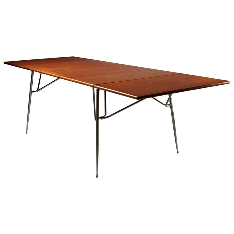 Dining Table Designed by Børge Mogensen for Søborg, Denmark, 1952 For Sale