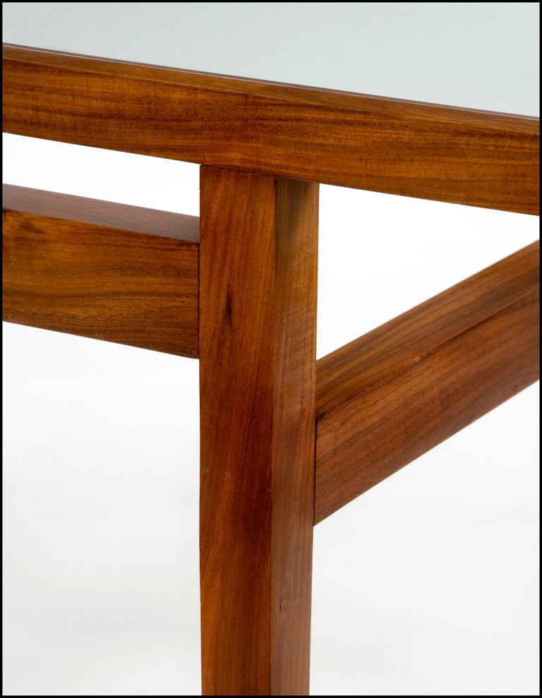 Mid-20th Century Dining Table Designed for Branco and Preto For Sale
