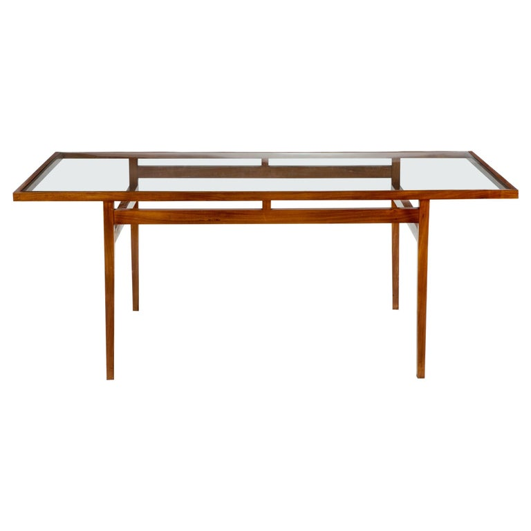 Dining Table Designed for Branco and Preto For Sale