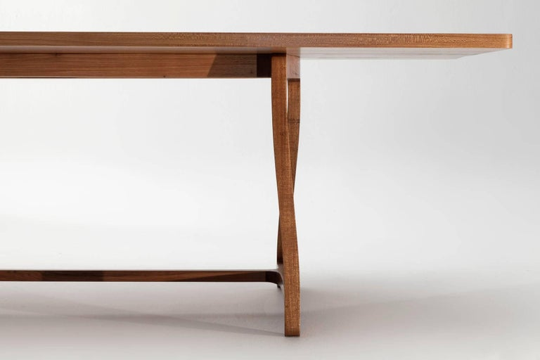 Dining Table in Hardwood, Brazilian Contemporary Design In New Condition For Sale In Atibaia, Sao Paulo