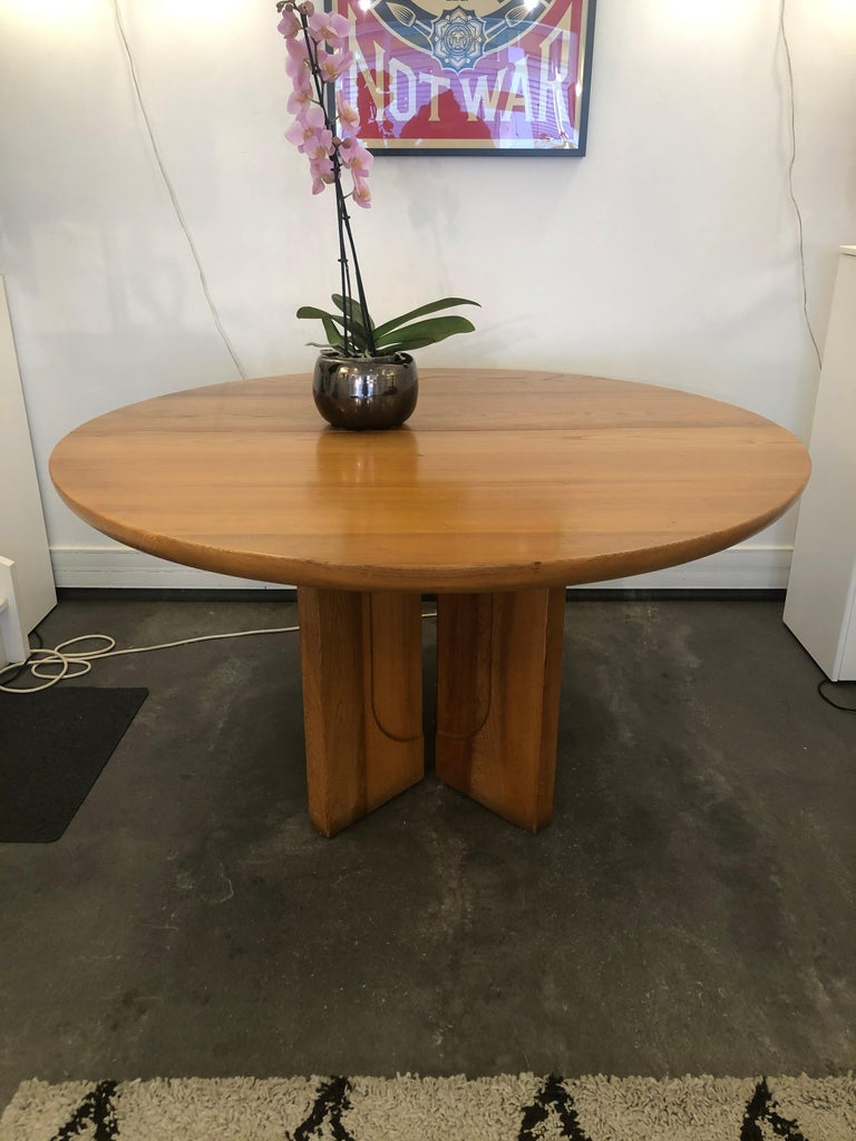 Dining table by Luigi Gorgoni from 1974 In elmwood (It is possible to extend the tabletop with its extension and have a total length of the top of 180 cm).